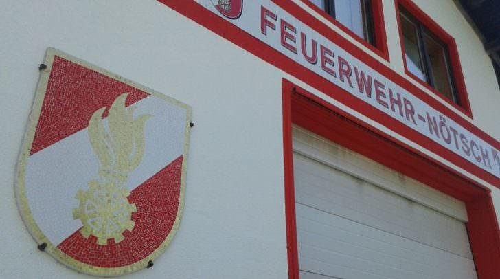 Im Feuerwehrhaus, ...