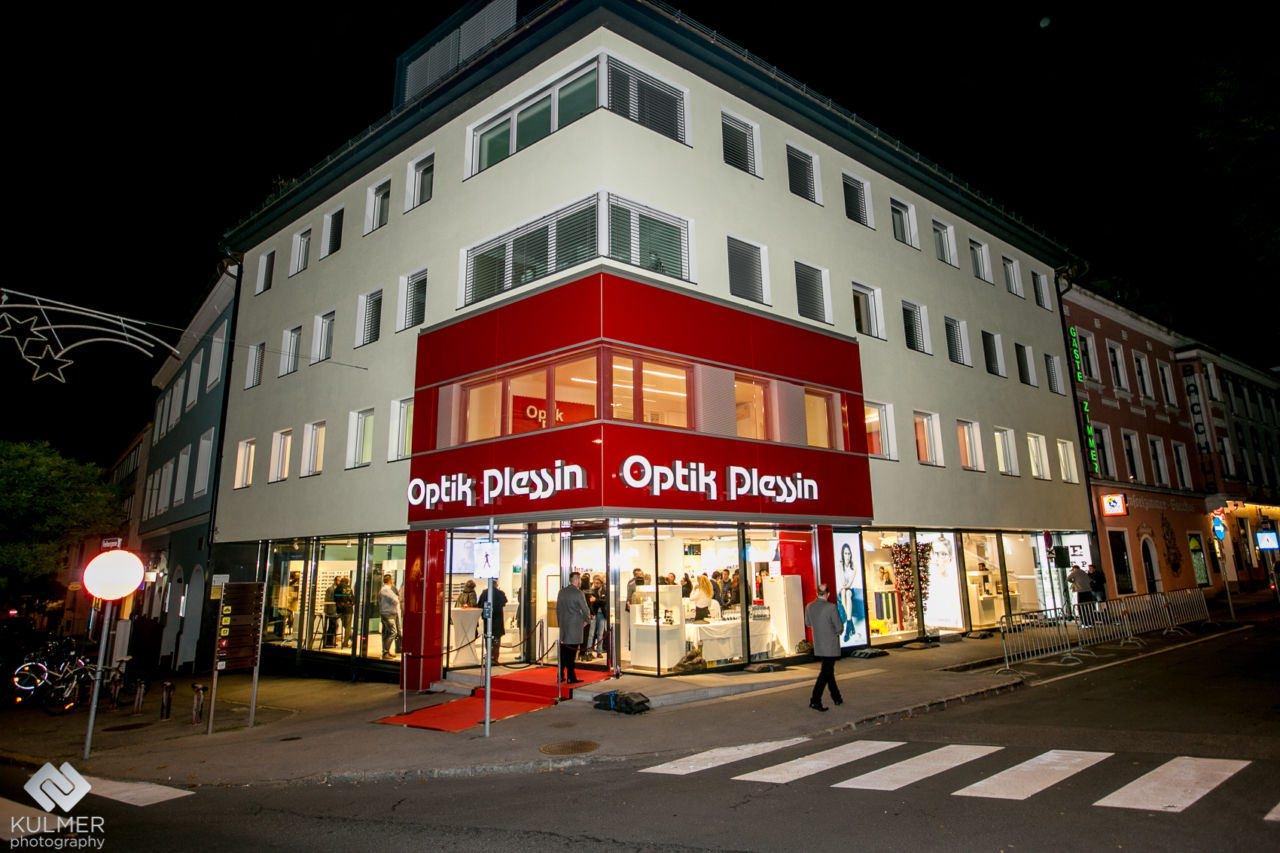 5afe08568eef2 Oakley Shop Plessin Villach « One More Soul