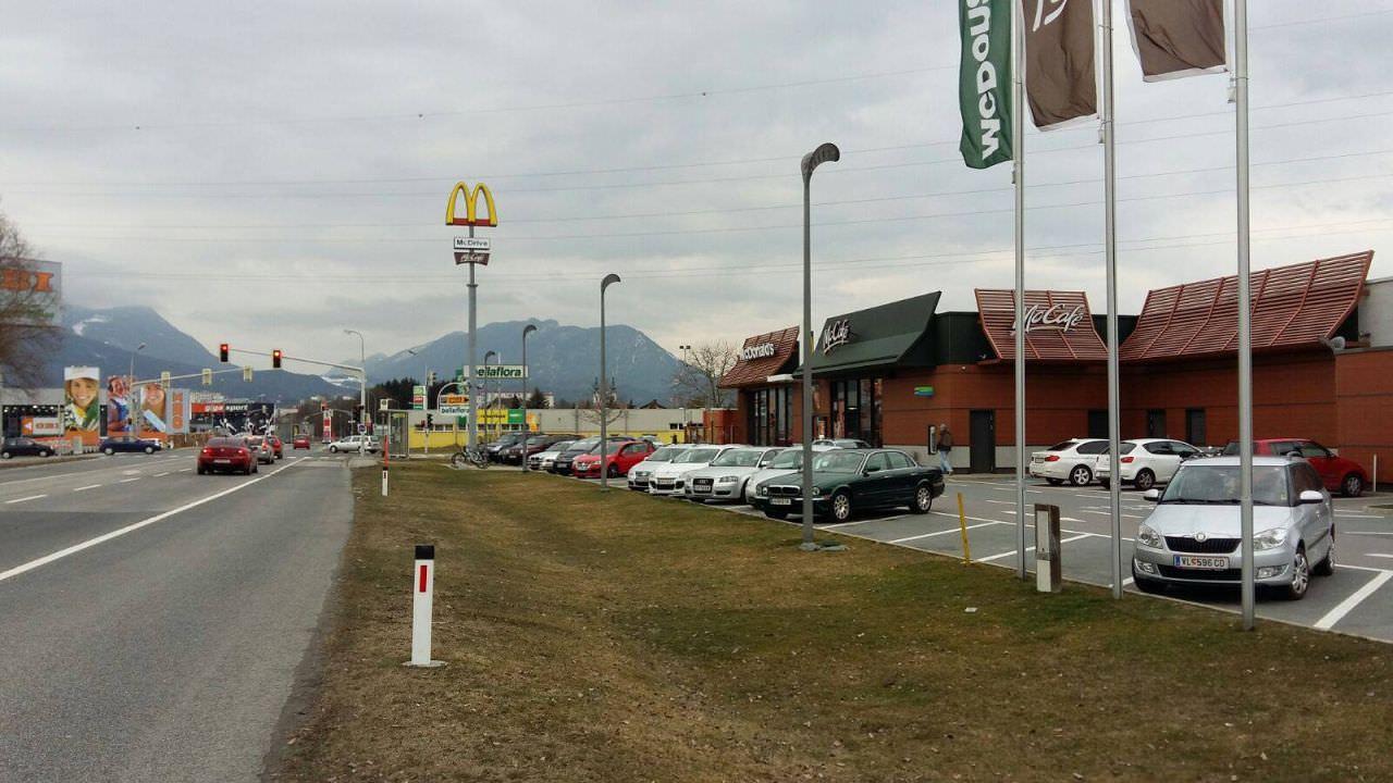 ... Fast-Food-Dreieck ...