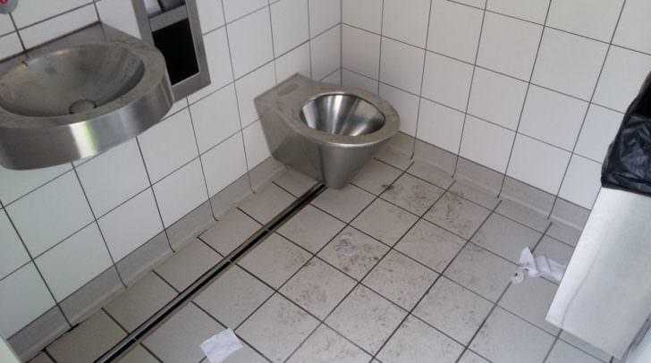ASFINAG Toilette Klo