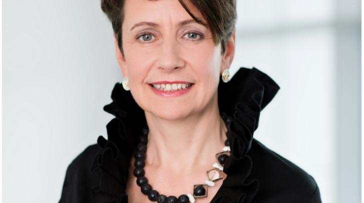 Österreichweit eine von fünf Vorstandsvorsitzenden: Sabine Herlitschka,  Infineon Technologies Austria AG