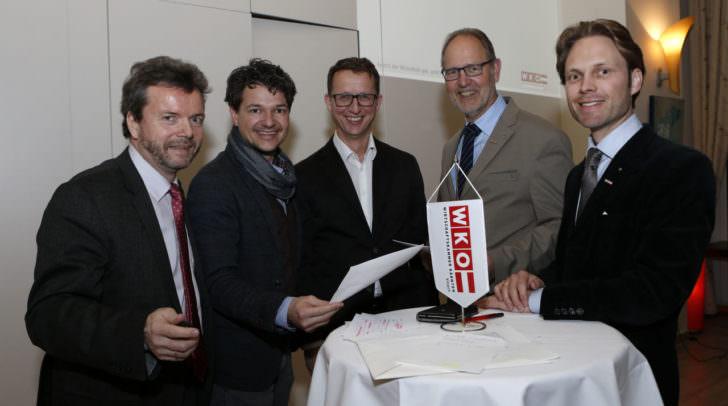 Christian Fitzek (Leiter WK-Villach), Peter Weidinger (Stadt Villach), Hannes Lindner (STANDORT+MARKT),  Bernhard Plasounig (Obmann WK-Villach) und Raimund Haberl (Obmann Sparte Handel WK Kärnten)