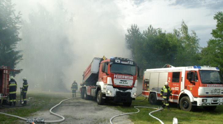 Waldbrand Symbolbild Feuerwehr