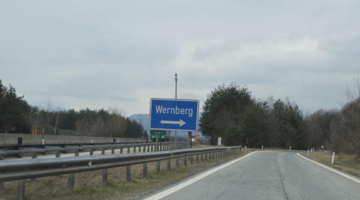 Bei Wernberg soll in Zukunft das Auf- und Abfahren in beiden Richtungen möglich sein.