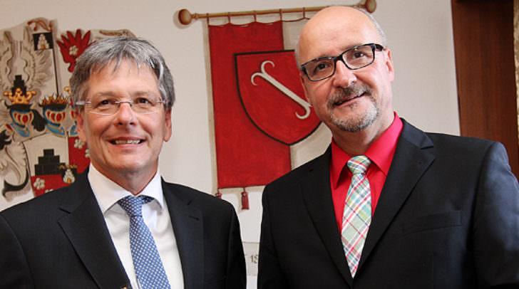 1,4 Mio. Euro Förderung vom Schulbaufonds des Landes Kärnten holt sich die Marktgemeinde Treffen mit Bgm. Glanznig für die Generalsanierung der VS Treffen. Im Sommer geht es los.