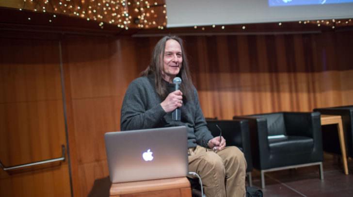 """Ernst Kocnik von """"selbstbestimmt leben"""" referierte im Rahmen der Kick-Off-Veranstaltung über die Wege zur Inklusion"""