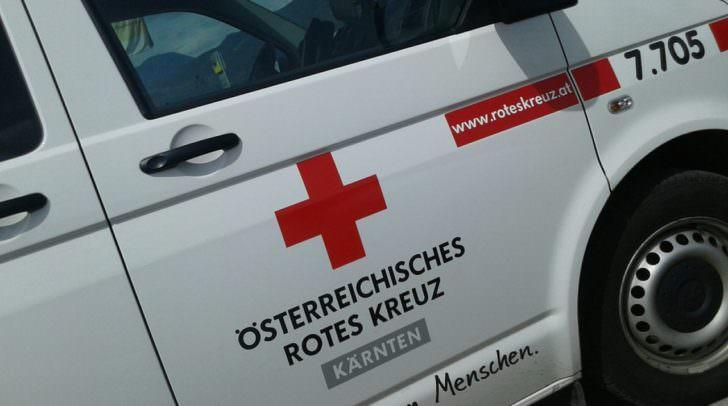 Die verletzte Frau musste zur genaueren Untersuchung in das UKH Klagenfurt gebracht werden.