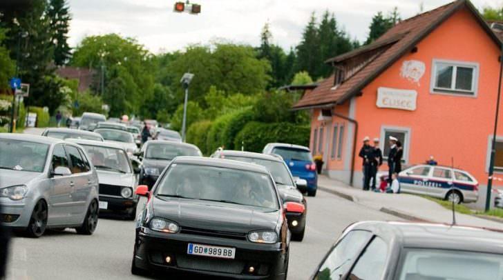 Getunte Autos bestimmen das Straßenbild