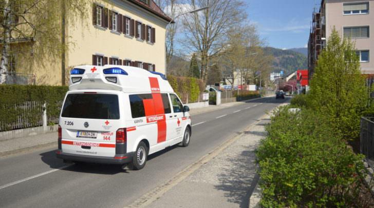 Krankenhaus Rettung Rotes Kreuz Unfall