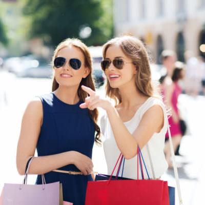 Perfektes BFF-Shopping-Date...