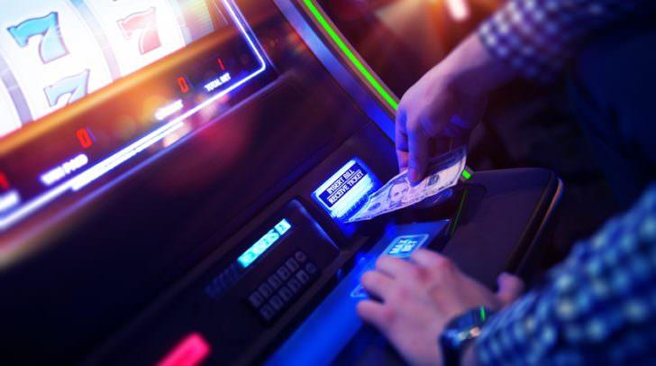 Glücksspielautomat (Symbolfoto)