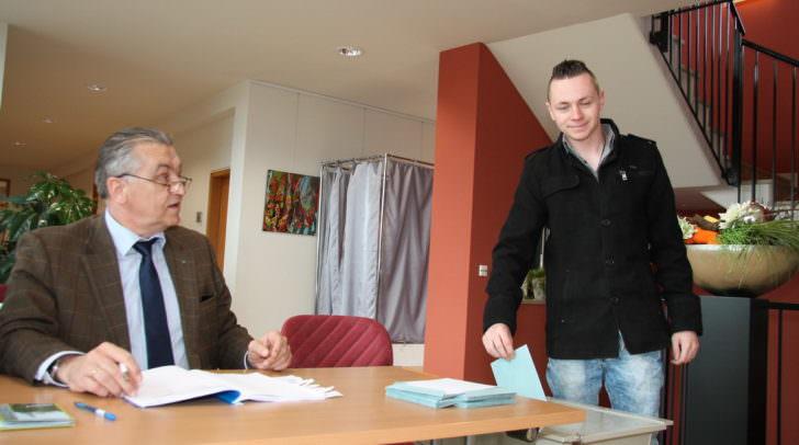 Die Wähler schritten heute zur Wahlurne: Hier am Gemeindeamt in Wernberg