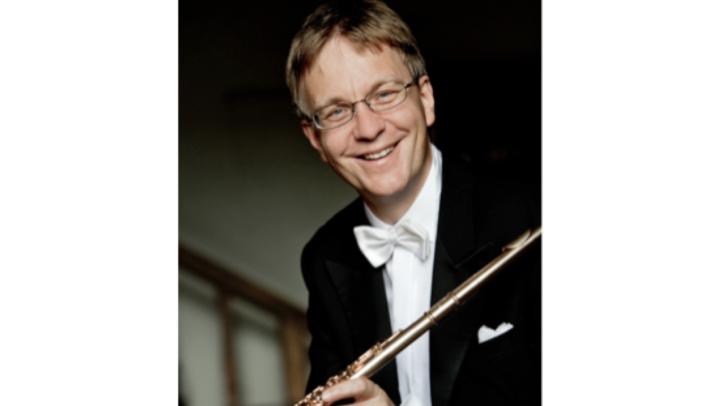 Michael Martin Kofler ist Dirigent und Flötist