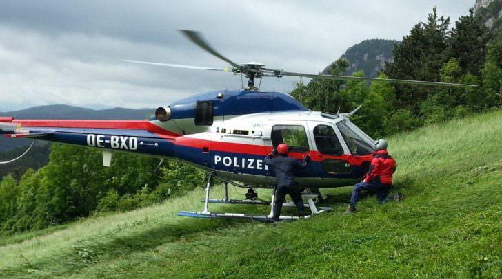 hubschrauber polizei bergretter