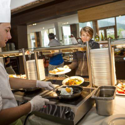 people-restaurant-4 Falkensteiner