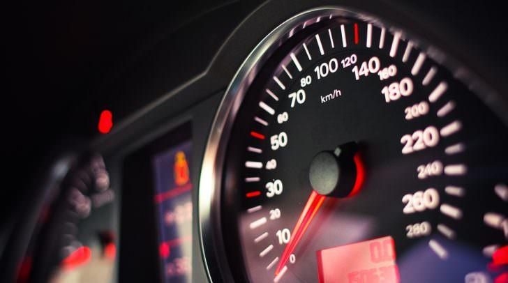 tacho geschwindigkeit speedometer-865113_960_720