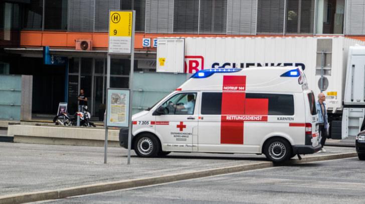 Der verletzte Praktikant wurde ins LKH Villach verbracht.