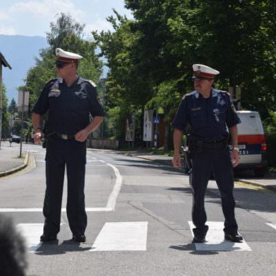 Antifa PDV Demo Villach Polizei Verkehr