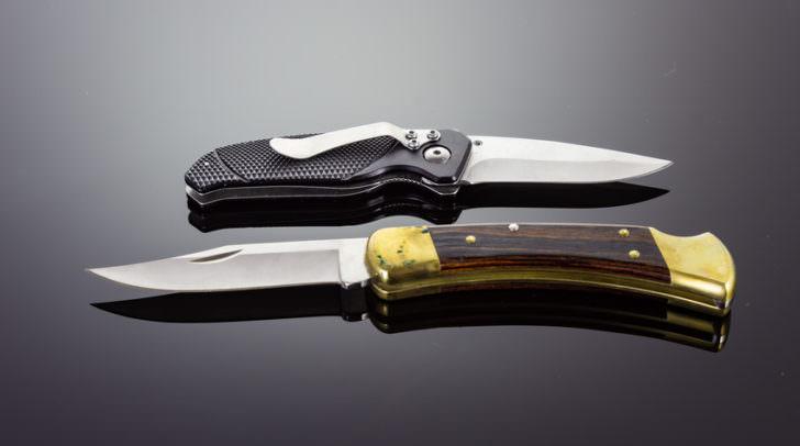 Two pocket knifes