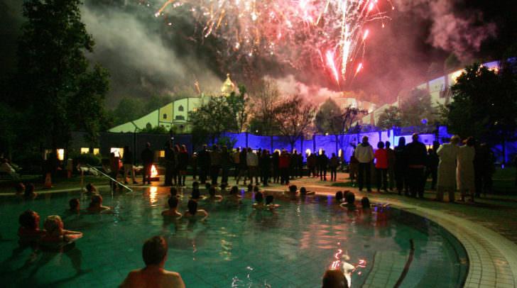 Das Feuerwerk beim 75. Geburtstag von Robert Rogner und 50 Jahre Bauunternehmen Rogner sowie 19 Jahre Rogner Bad Blumau