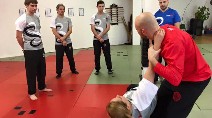 Mit IWKA Kung Fu lernen den Körper zu beherrschen und die eigene Mitte zu finden