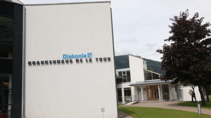 Im Krankenhaus de la Tour in Treffen werden bald 54 Betten für Patientinnen und Patienten mit leichterem Krankheitsverlauf bereitgestellt.