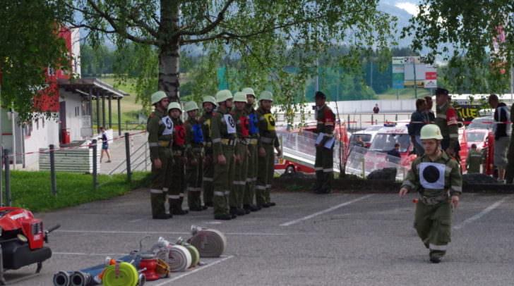 Eine Gruppe der FF Vassach kurz vor dem Start