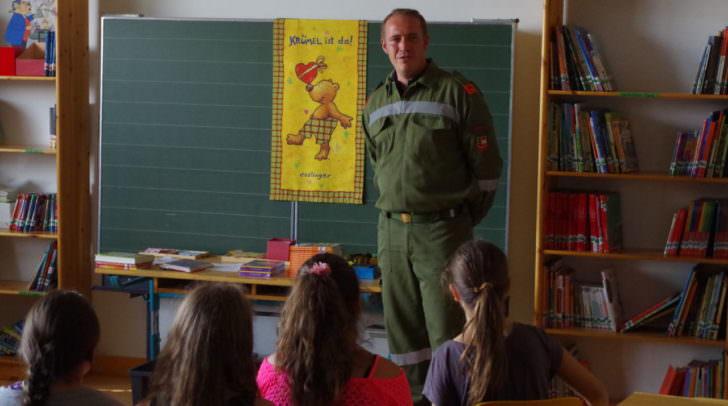 """Der Kommandant der FF Völkendorf berichtet über die Aktivitäten der Jugendlichen in """"seiner"""" Feuerwehr"""