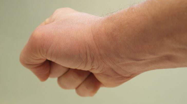 Im Zuge des Ehestreits wurde der 54-Jährige gewalttätig. Gegen ihn wurde ein Betretungsverbot ausgesprochen.