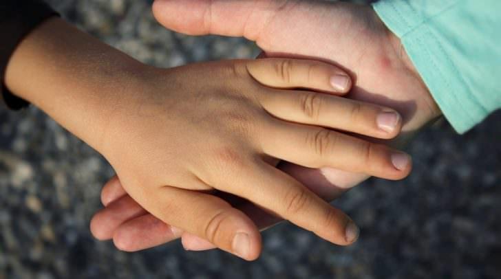 hand kind hand-838975_960_720