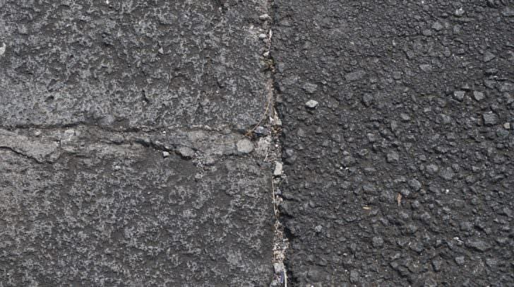 Asphalt pavement-907143_960_720