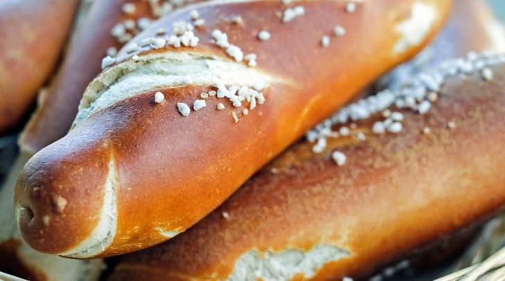 Laugenstange pretzels-1378086_960_720