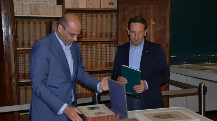 LR Christian Benger begrüßt Teilöffnung des Landesmuseums;