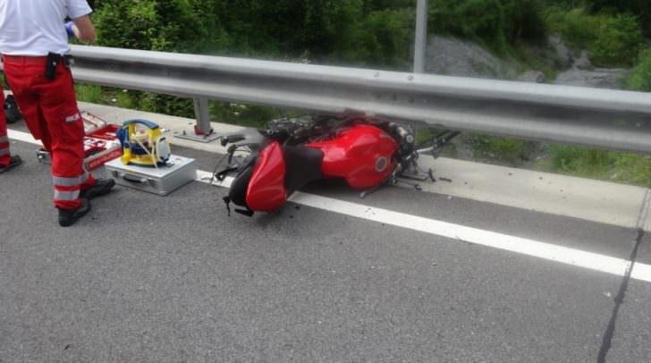 Mit dem Rettungshubschrauber wurde der schwerverletzte Villacher ins Klinikum Klagenfurt gebracht.