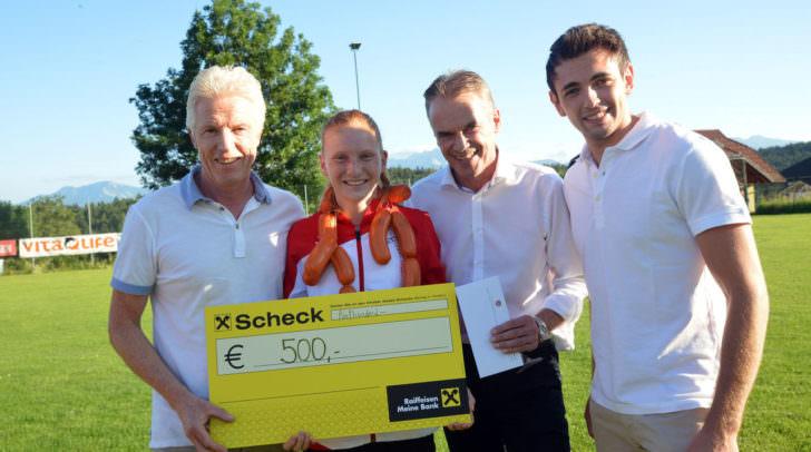 Verabscheidung Conny Wohlfahrt zur U18 EM nach Tieflis