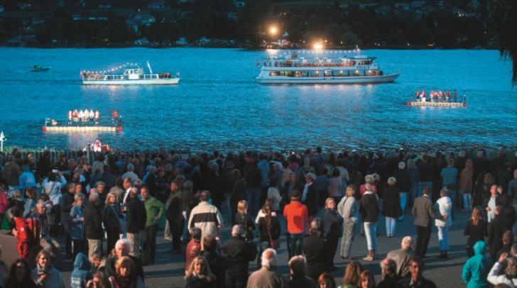 Auch die Eröffnung des Carinthischen Sommers im Jahr 2016, mit der Erstaufführung der Wassermusik, war ein Erlebnis.