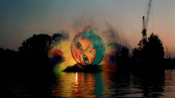 Wasserkino auf der Drau. 'Gunstraum Villach' wird ein neuartiges, faszinierendes Kunstprojekt.