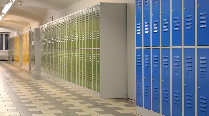 Schulspinde sollen künftig nicht mehr von privaten Firmen vermietet werden.