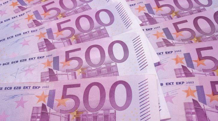 Mehrere tausend Euro befanden sich in der Brieftasche, die der Pensionist in der Kühltasche aufbewahrte.