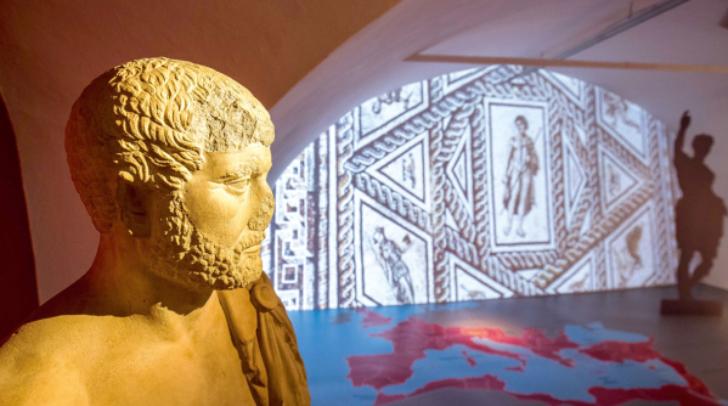 Die Gladiatorenausrüstung kann man im Museum genau inspizieren.
