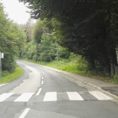 ...und auch ein Zebrastreifen befindet sich auf der Straße...