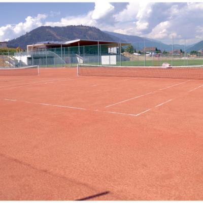 Die neuen Tennisplätze kommen auch der Jugend zugute.