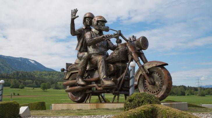 Harley Skulptur, Kreisverkehr Faak