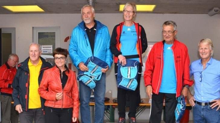 """Gesundheitsreferentin LHStv.in Prettner mit dem Gewinnerteam """"Funrunners 3"""""""