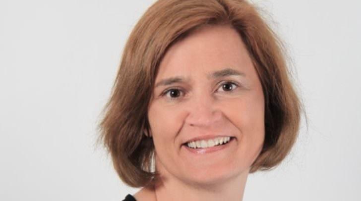 Die FPÖ-Gemeinderätin Elisabeth Dieringer-Granza kritisiert, dass gängige Corona-Tests für Schüler unzumutbar seien.