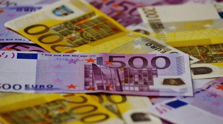 geld euro money-1508434_1280