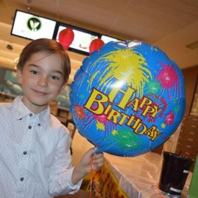 Feiern wie die Großen: Beim Kindergeburtstag im V-Bowl.