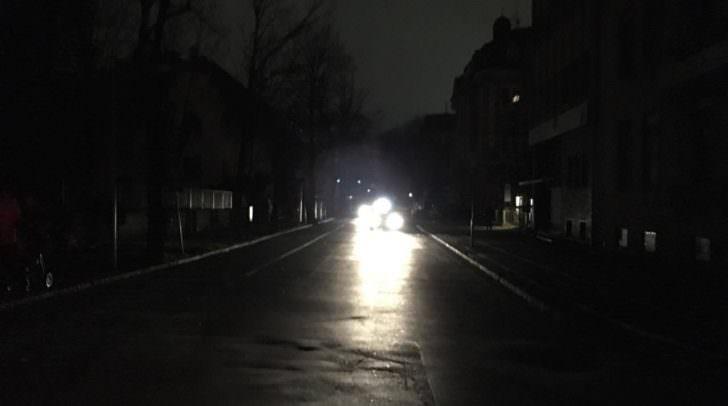 Ein technischer Defekt sorgte für einen großflächigen Stromausfall heute Mitternacht