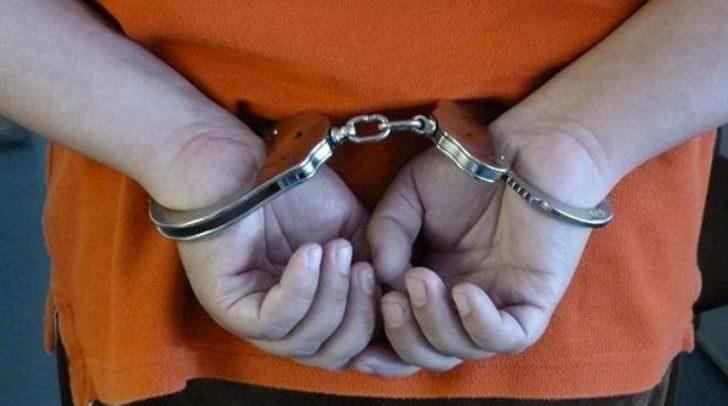 Die beiden Tatverdächtigen wurden vorläufig festgenommen und nach Abschluss der Ermittlungen der Staatsanwaltschaft angezeigt.