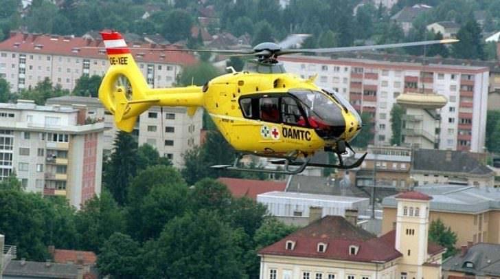 Per Rettungshubschrauber und mit Rettungswagen mussten die Verletzten abtransportiert werden.
